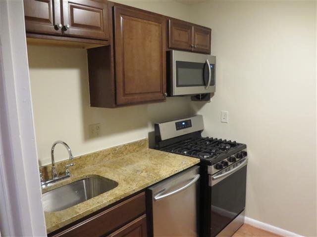 Main picture of House for rent in Suitland, MD